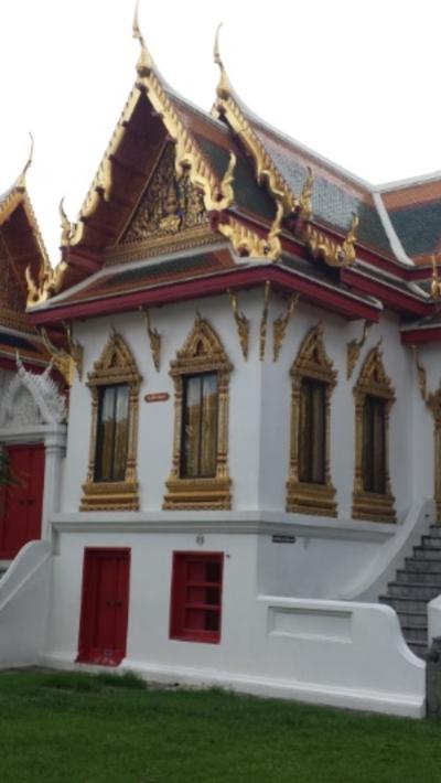02_Temple_Side